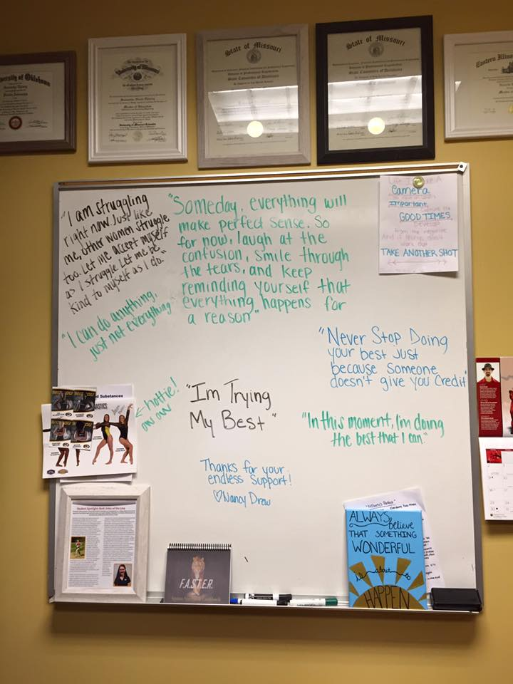 motivational-white-board-office